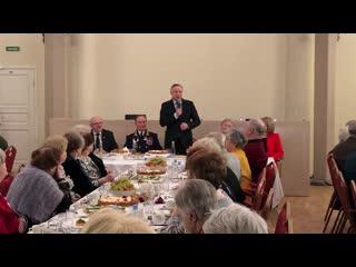 Беглов в Екатерининском собрании поздравил ветеранов  с 23 Февраля и наступающим 8 Марта