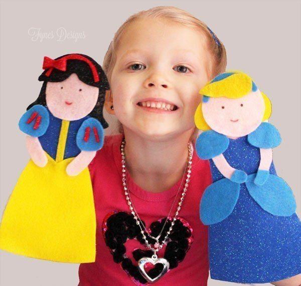 ТЕАТР ПРИНЦЕСС Такие куклы сделать очень просто! И это безумно интересно! Необходимо: - разноцветный фетр - шаблоны деталей для создания принцесс - горячий клей - детские носки Вырежьте из фетра