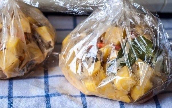 """""""Запеченная картошечка с грибами и сметаной"""""""