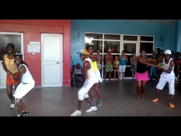 Chachacha danced by Raices Profundas in Cuba